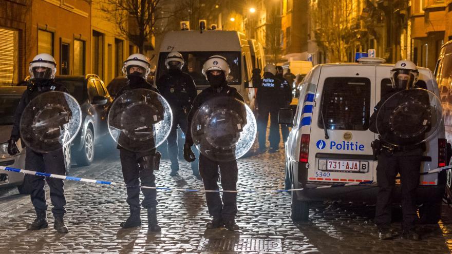 Video 90' ČT24 - Zadržení hledaného teroristy Abdeslana