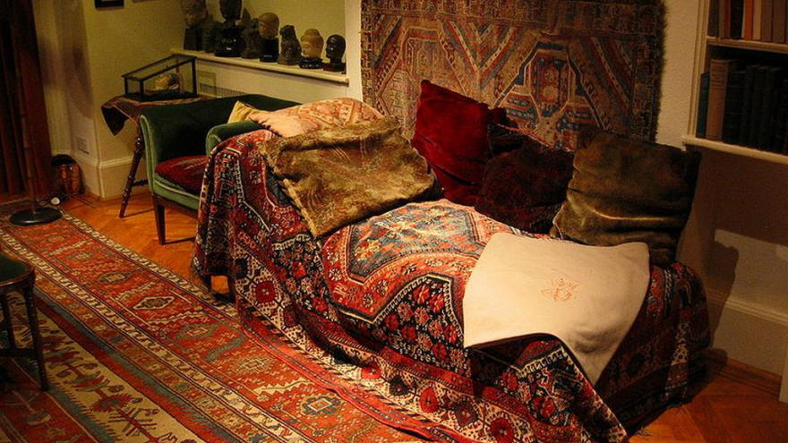 Video Šubová o pohovce: Freud pochopil, že s pacienty nemůže mluvit běžným způsobem
