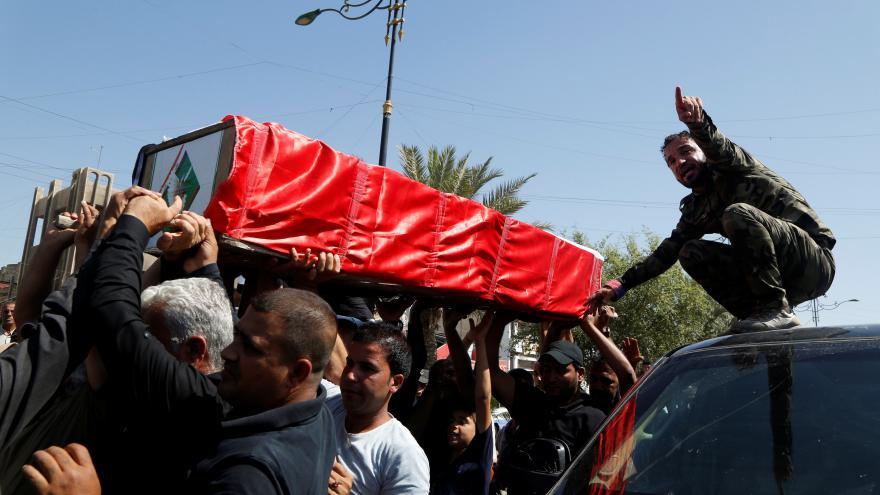 Video Demonstranti pronikli k vládním budovám v Bagdádu