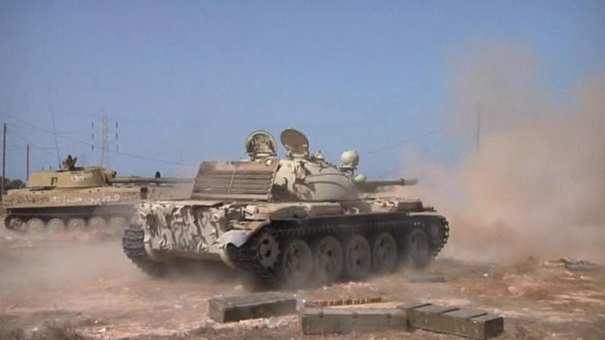 Video Reportáž: Vládní síly dobývají libyjskou Syrtu