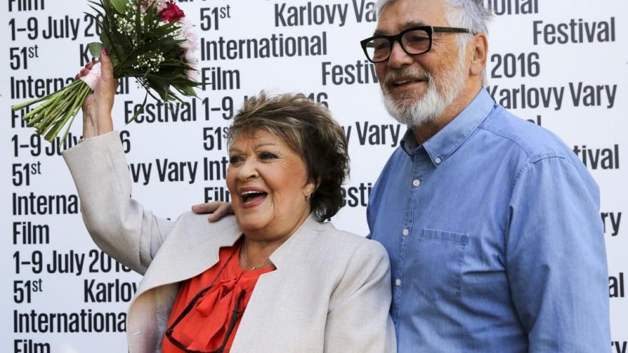 Video Události: Jiřina Bohdalová slaví devadesátiny