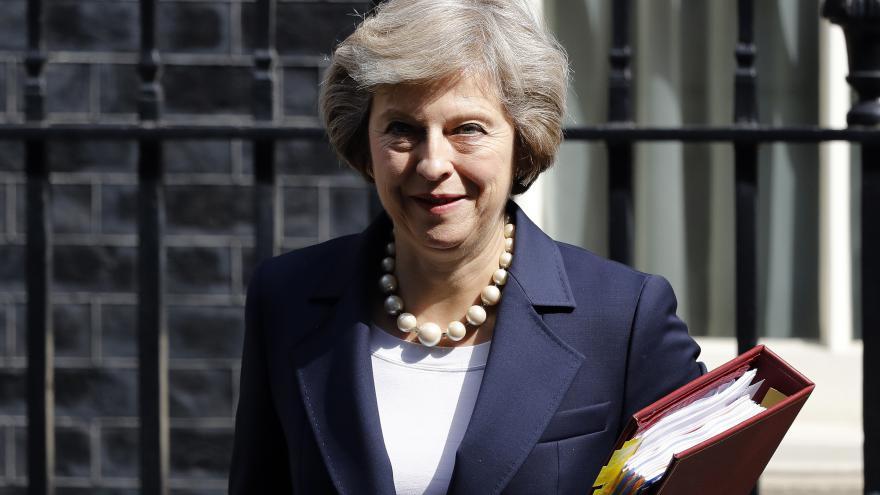 Video Britská premiérka vyjádřila nad úmrtím Čecha soustrast