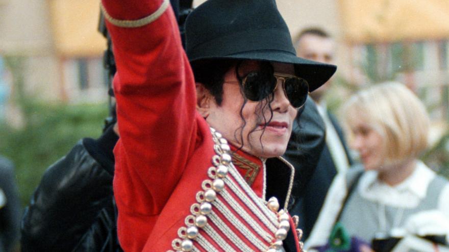 Video Archiv ČT / Michael Jackson v Praze 7. září 1996