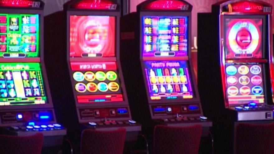 Video Vobořil k boji proti závislosti na hazardu