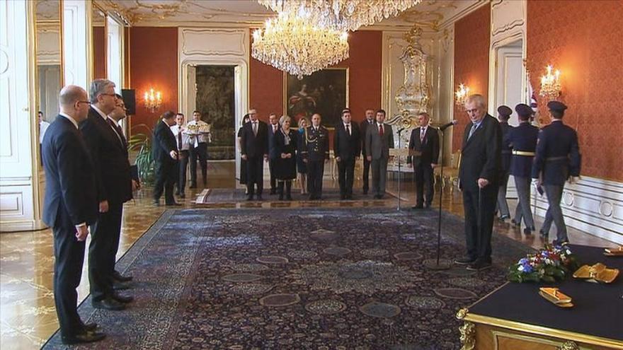 Video Prezident jmenoval nové ministry