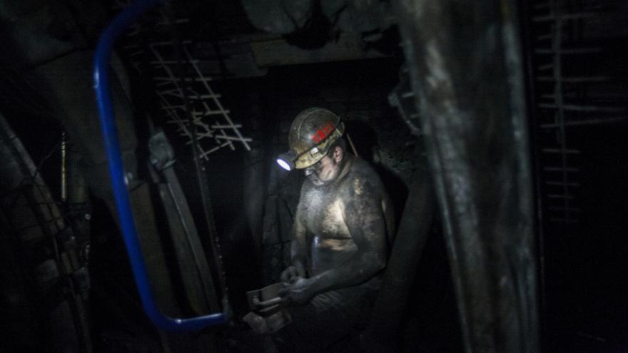 Video Těžba pod Karvinou