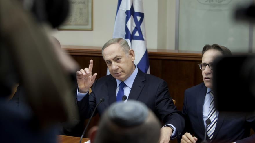 Video Izrael si předvolal velvyslance deseti zemí