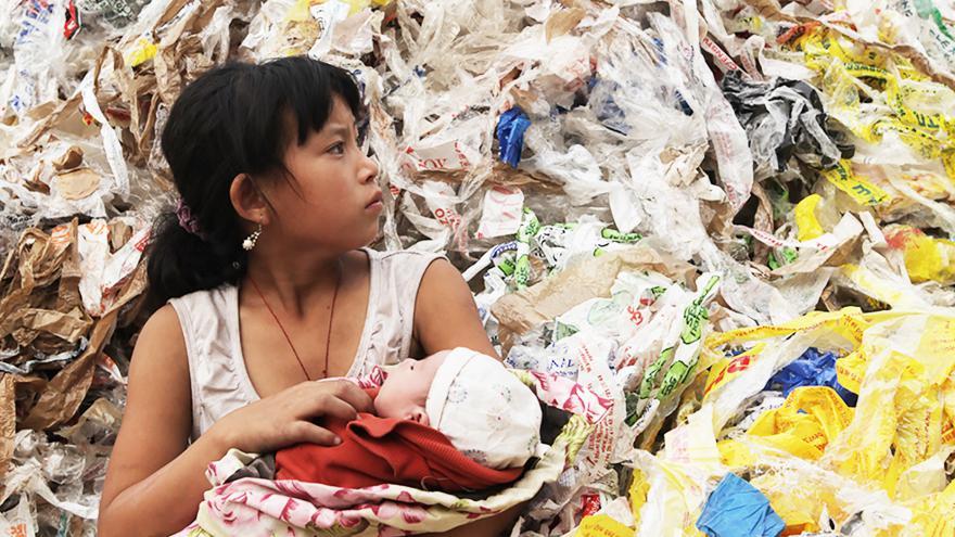 Video Trailer: Plastová Čína