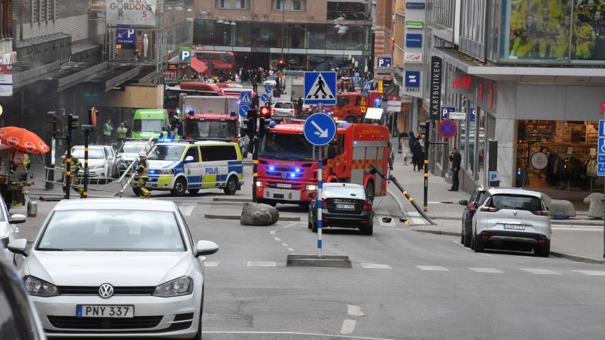 Video Švédská televize: V nákladním autě se našla bomba