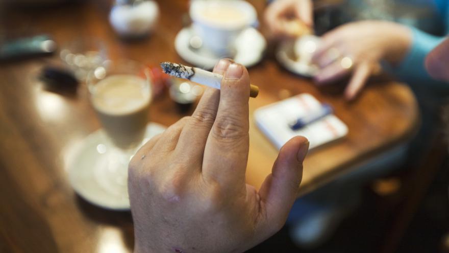 kouřit pouze videa