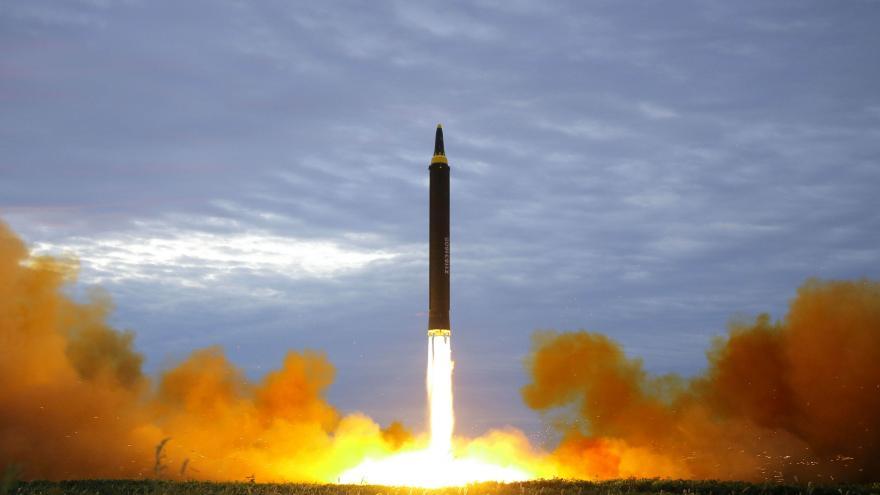 Video Zpravodaj ČT Martin Řezníček k odpálení rakety KLDR