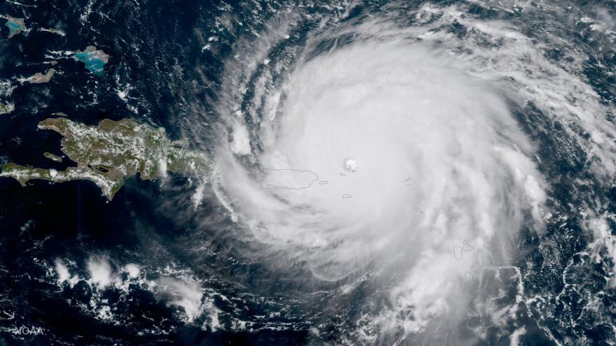 Video Michael, Maria, Irma a Matthew. Čtyři nejsilnější hurikány za poslední tři roky