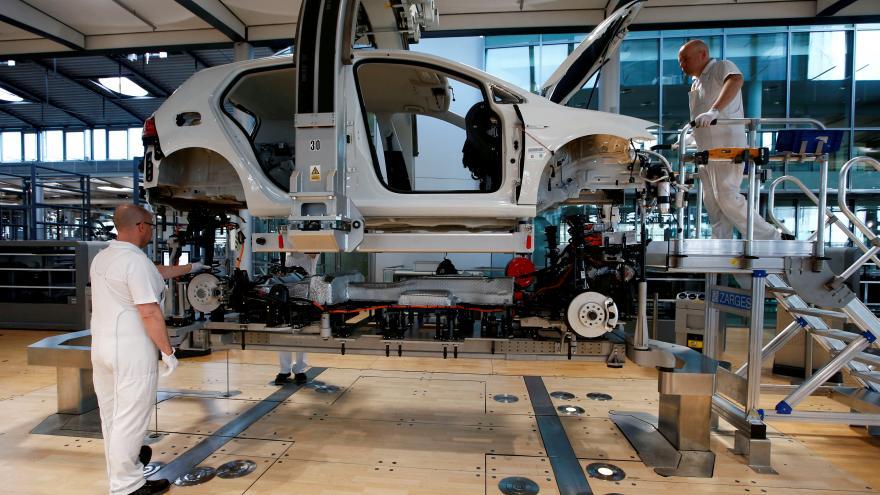 Video Růst ekonomiky Německa zrychlil o dvě desetiny procenta, zemi táhne hlavně export