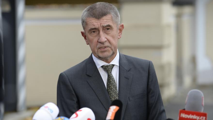 Video Brífink po jednání Andreje Babiše s prezidentem Zemanem v Lánech