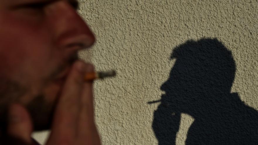 Kouřit dva