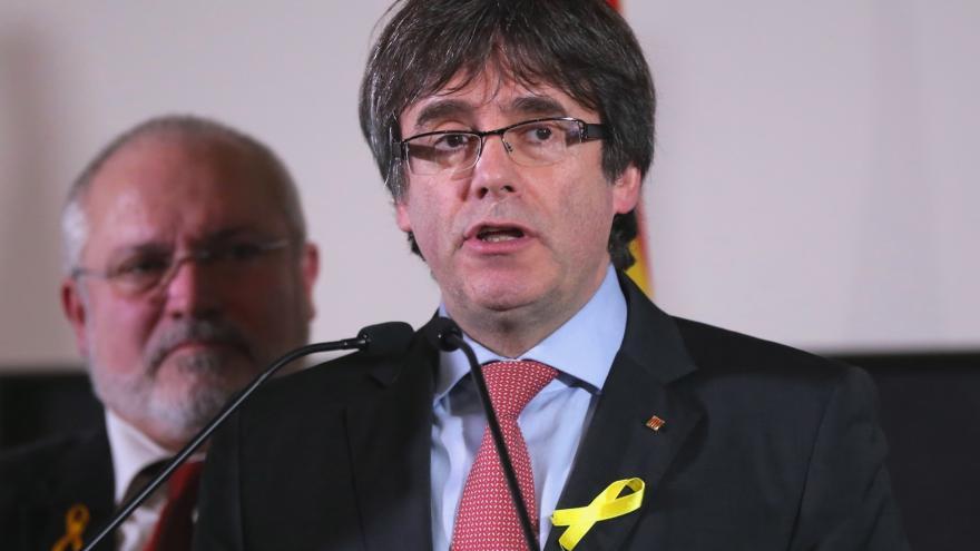 Video V katalánských volbách získali separatisté většinu