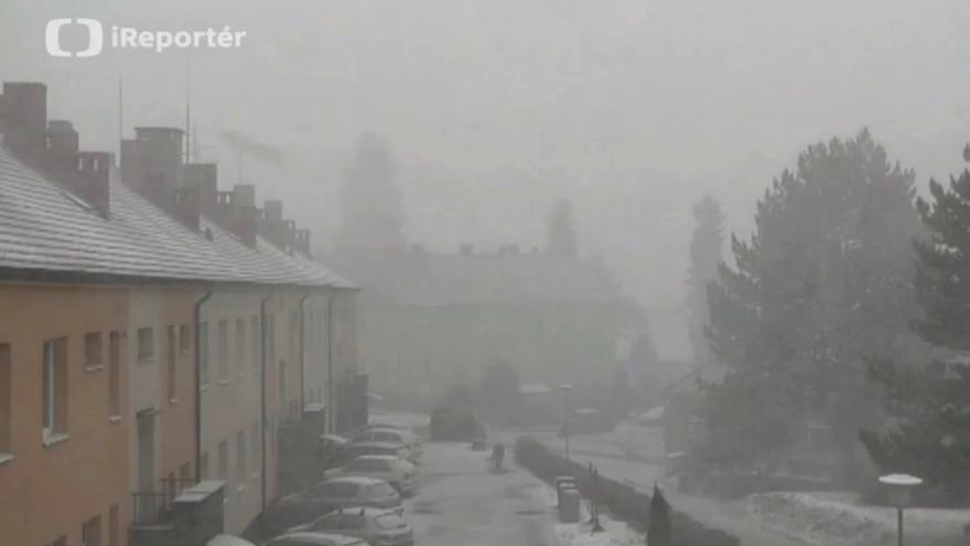 Video Husté sněžení v Sedlčanech