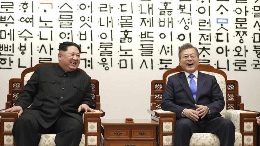 Video 90' ČT24 - Téma: Summit korejských států