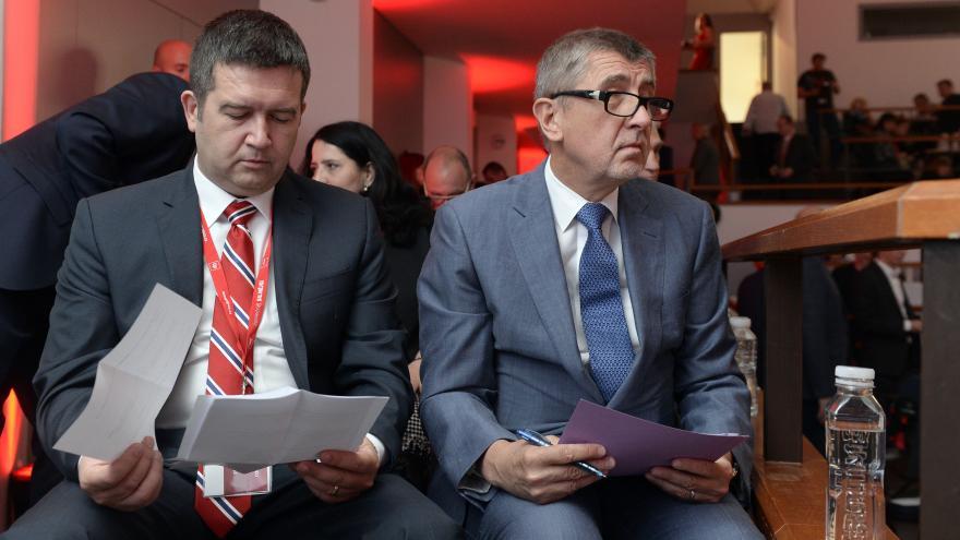 Video Události ČT: Babiš s Hamáčkem dohodli koaliční smlouvu