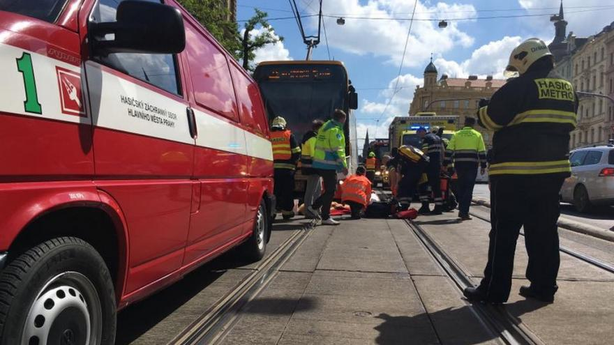 Video Tramvaj zabila dva muže na I. P. Pavlova