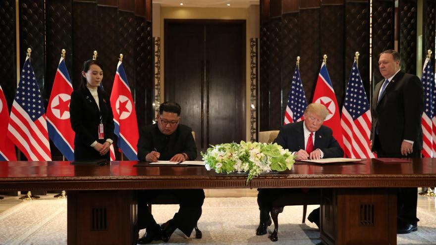 Video Singapurský summit: Trump s Kimem podepsali společný dokument