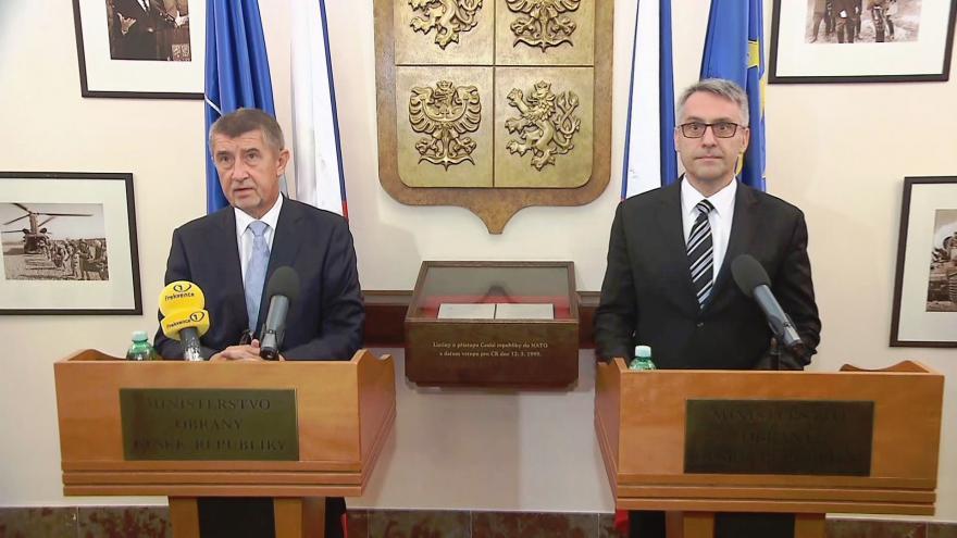 Video Lubomír Metnar převzal vedení ministerstva obrany
