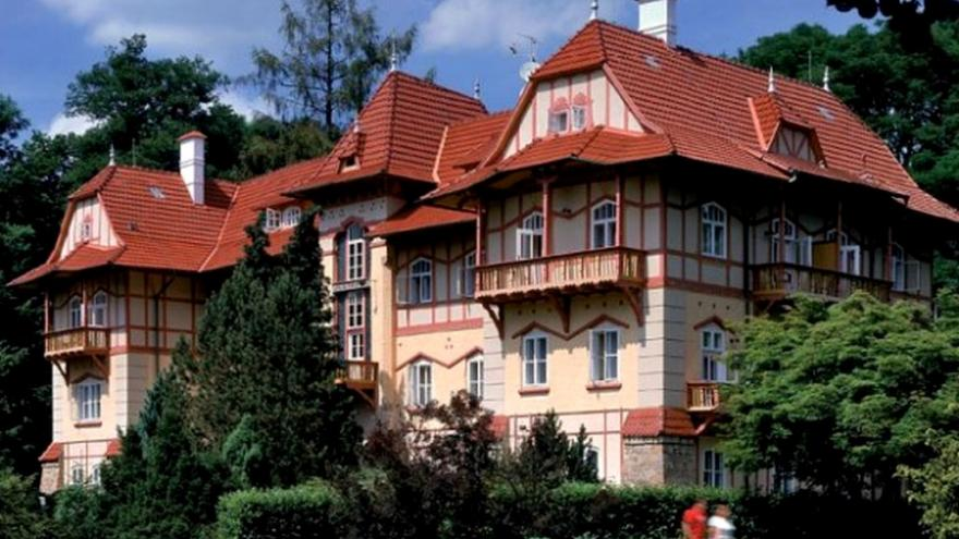 Video Muzeum luhačovického Zálesí oslavuje 150 let od narození architekta Jurkoviče