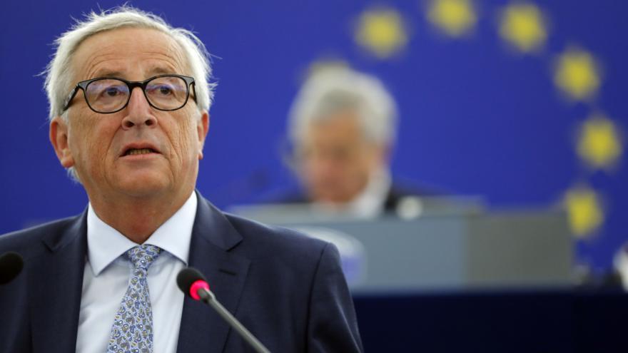 Video Projev předsedy Evropské komise Jeana-Clauda Junckera v Evropském parlamentu a komentář analytika Kryštofa Kruliše