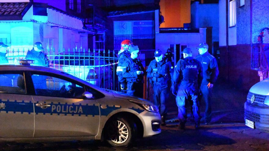 Video Pět dívek zahynulo při požáru během únikové hry v Polsku