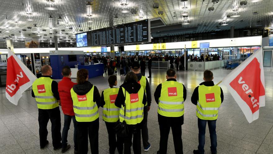 Video Zrušené lety kvůli stávce v Německu