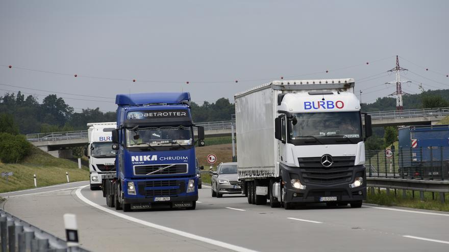 Video Přetížené kamiony na Olomoucku