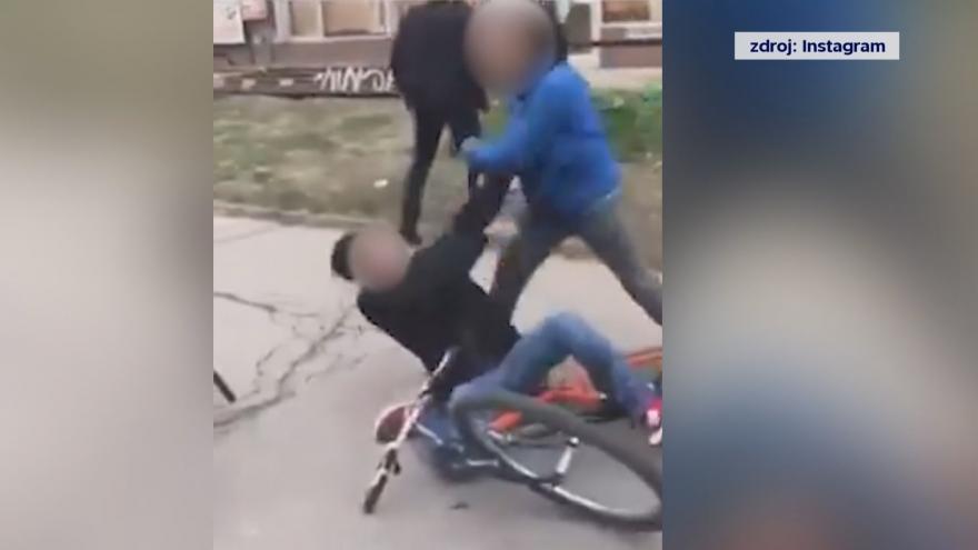 Video Násilí na sociálních sítích