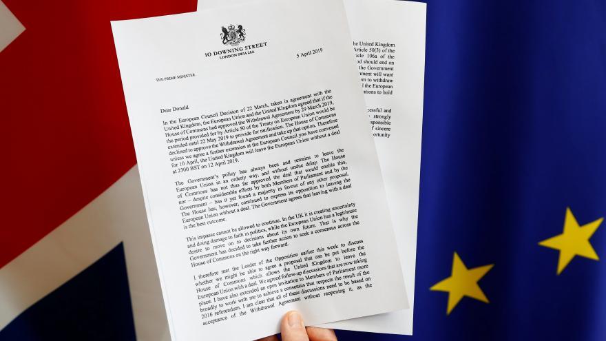 Video Události ČT: Mayová žádá odklad brexitu do 30. června, začne s přípravou na eurovolby