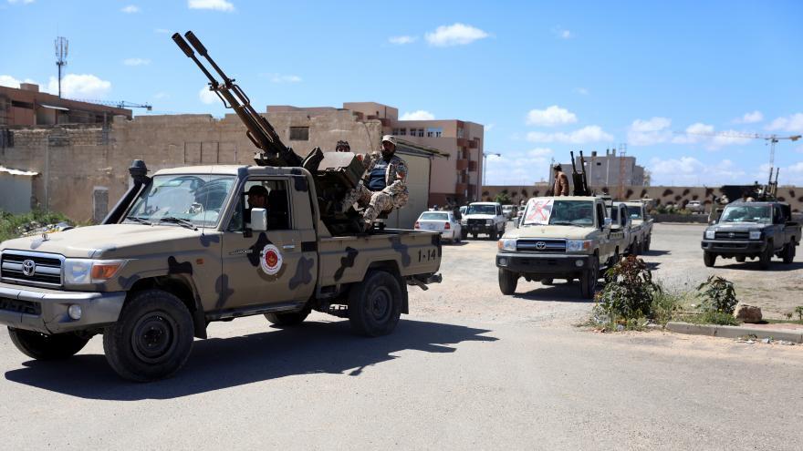Video Události ČT: Maršál Haftar se snaží obsadit metropoli Libye