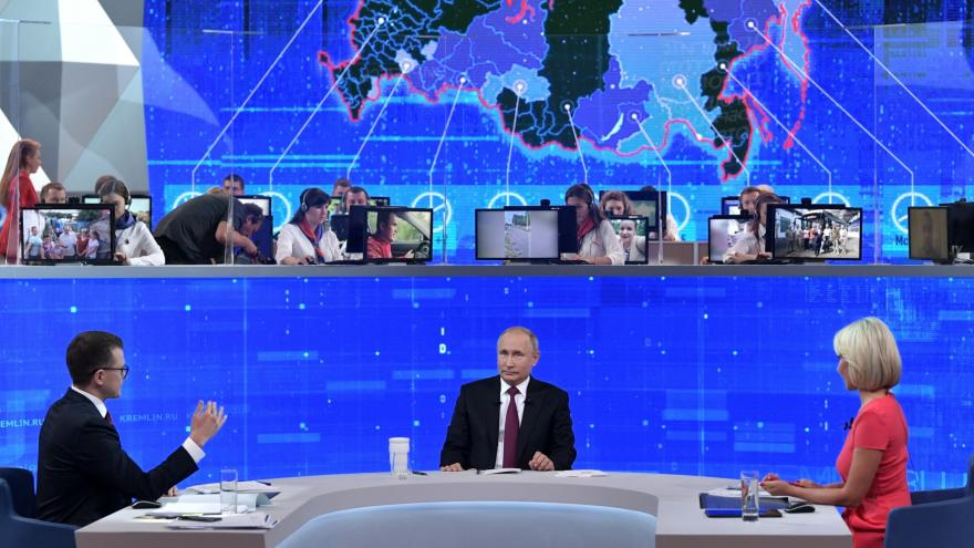 Video Přímá linka s Putinem: Ruský prezident odpovídá na dotazy občanů