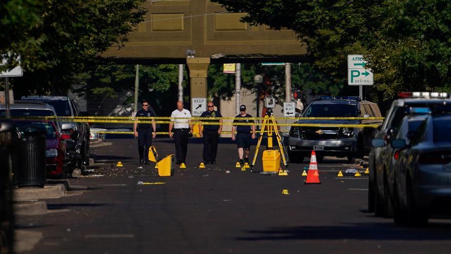 Video Speciál ČT24 k masovým střelbám v USA
