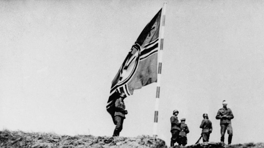 Video Historici Petr Koura a Tomáš Jakl o prvním dni války