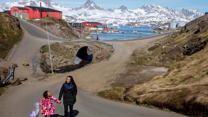 Video Události ČT: Koupit Grónsko by bylo zajímavé, soudí Trump