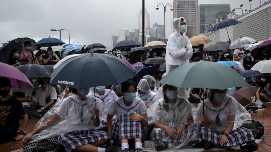 Video Sinolog Kučera: Hongkong je na pokraji ochromení
