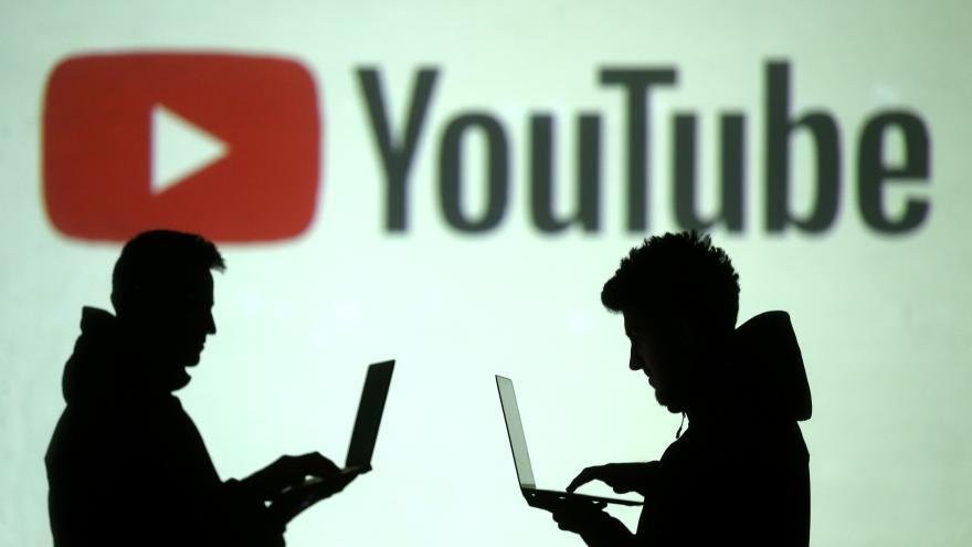 Video Horizont ČT24: Před patnácti lety lety vznikl Youtube