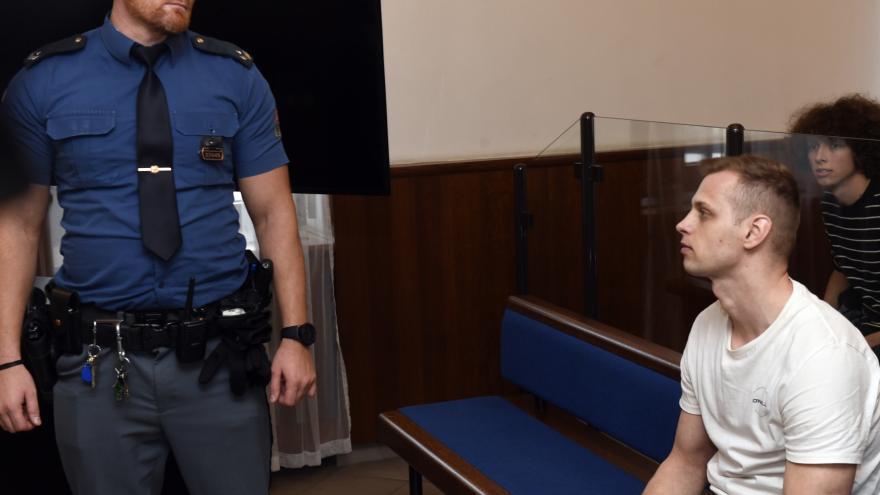 Video Události ČT: Soud vynesl 19 let vězení za vraždu čerpadlářky