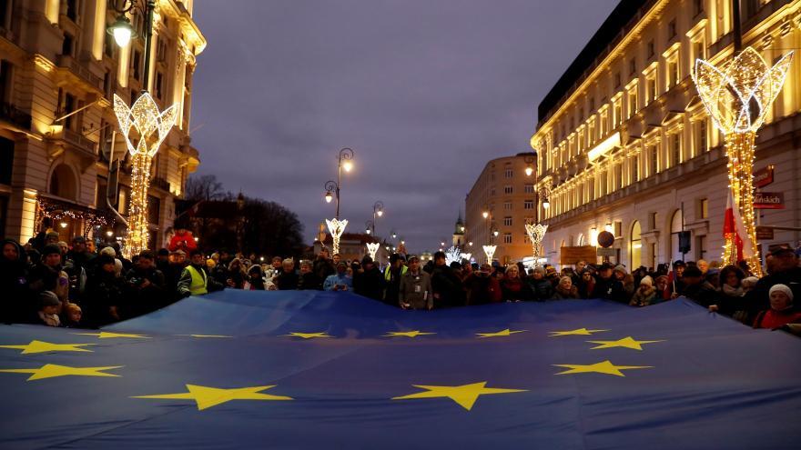 Video Události ČT: Soud EU nařídil Polsku zastavit disciplinární komoru