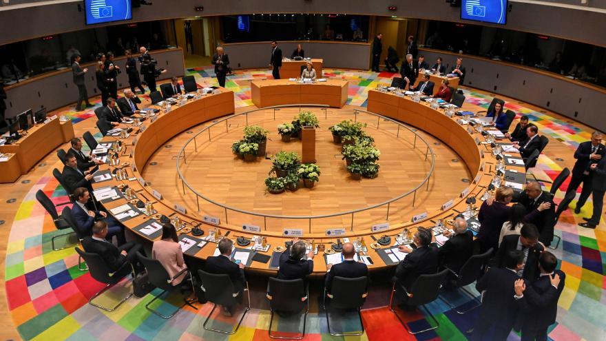 Video Události ČT: EU řeší, z čeho splatí obří dluh