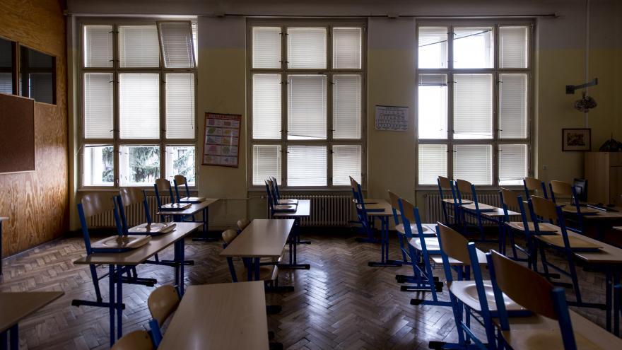 Video Události ČT: Rozvolňování ve školách či v kultuře
