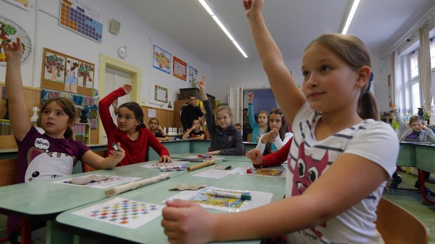 Video 90' ČT24: Nový školní rok a výuka v době pandemie