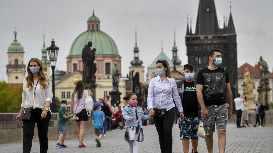 Video Pandemie prohloubí ekonomické rozdíly ve společnosti