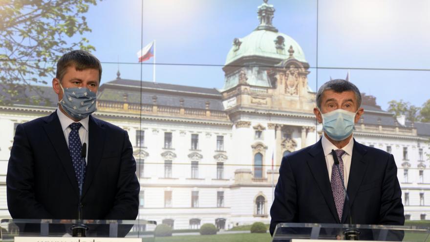 Video Mimořádná tisková konference předsedy vlády Babiše a ministra zahraničních věcí Petříčka