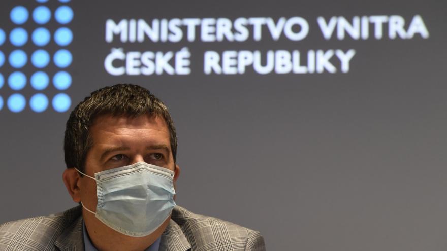 Video Ministr vnitra Jan Hamáček o navýšení lůžkových kapacit pro nemocné na severu Prahy