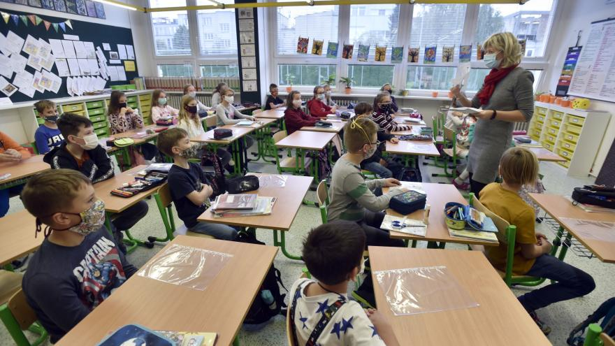 Video Plaga: Děti z rizikových skupin se mohou učit doma