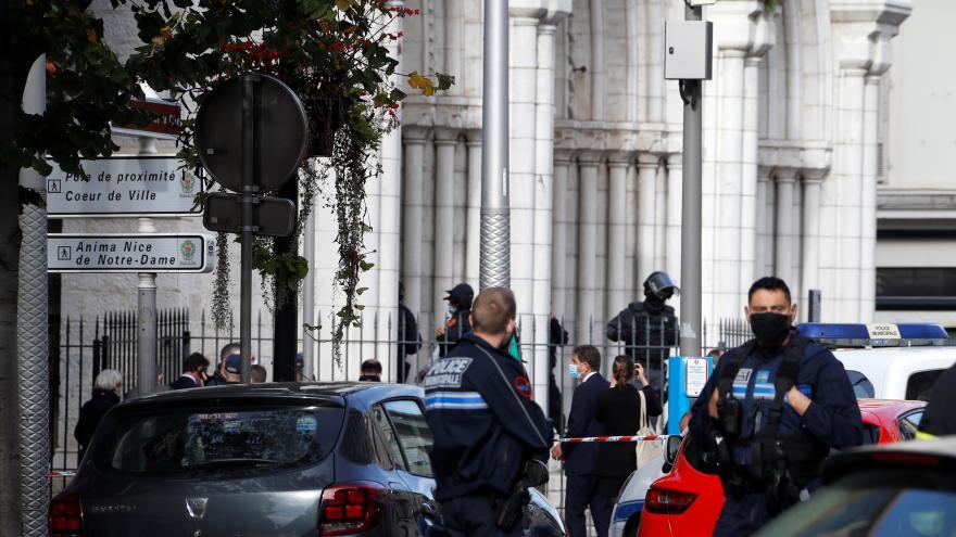 Video Studio ČT24: Bývalý velvyslanec ve Francii k útokům v Nice